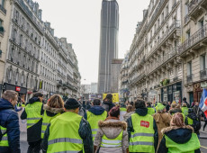 ONU pede investigação sobre violência policial contra 'coletes amarelos' na França