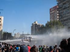Bachelet envia missão da ONU para investigar violações de direitos humanos no Chile