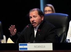 Após onda de protestos violentos, presidente da Nicarágua revoga reforma da previdência