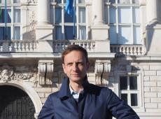 Governador italiano que se diz contra vacinação obrigatória pega catapora
