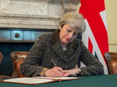 Premiê britânica pede novo adiamento do Brexit para 30 de junho