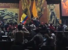 Forças Armadas expulsam manifestantes que ocuparam Parlamento do Equador