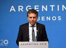 Após derrota de Macri, ministro da Fazenda renuncia