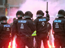 Alemanha criará central de combate a crimes de extrema direita