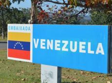 Após mais de 12 horas, invasores deixam Embaixada da Venezuela em Brasília