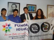 Homem transexual consegue direito de receber auxílio-gravidez na Argentina