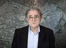 70% dos territórios urbanos na América Latina são locais informais onde 'não há cidade', diz arquiteto uruguaio