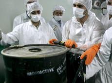UE pressiona para que Irã deixe de violar acordo nuclear