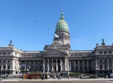 Argentina: Em 1ª vitória legislativa de Fernández, deputados aprovam lei de emergência econômica