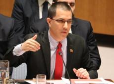 Venezuela responde a El Salvador e expulsa de Caracas diplomatas salvadorenhos