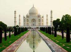 Montanha de lixo na Índia pode superar altura de Taj Mahal