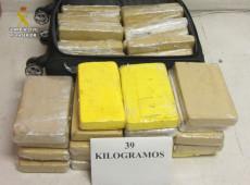 Polícia da Espanha divulga novas fotos de cocaína apreendida em avião da FAB