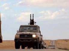 Forças pró-Haftar ordenam bloqueio de terminais de petróleo