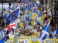 Milhares protestam em Londres para exigir segundo referendo