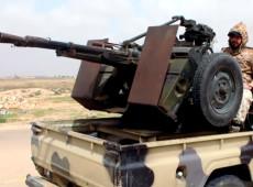Forças de Trípoli entram em confronto com tropas do Exército Nacional na Líbia