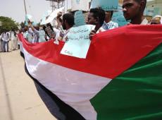 Militares e oposição civil chegam a acordo para dividir poder no Sudão