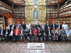 Lideranças e intelectuais reunidos no México denunciam perseguição a Lula e criam comitê de defesa da democracia