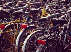 Pequim cria cemitério para bicicletas abandonadas