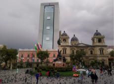 Organizações sociais da Bolívia fazem vigília contra ameaça de golpe