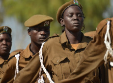 Generais anunciam acordo para transição a governo civil no Sudão