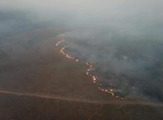 'Amazônia pega fogo, enquanto Bolsonaro brinca': veja repercussão das queimadas na imprensa internacional