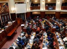 Bolívia: Deputados do partido de Morales pedem garantias para participar de sessão no Congresso