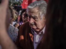 Mujica pede união latino-americana e diz que OEA é 'instituição velha'