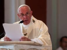 Em carta, papa Francisco condena abusos sexuais cometidos por membros da Igreja Católica