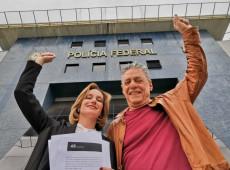 Chico Buarque, Carol Proner e Fábio Luís visitam Lula em Curitiba