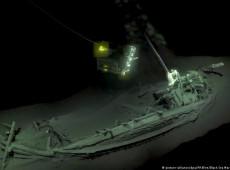 """""""Mais antigo navio intacto"""" é encontrado no fundo do Mar Negro"""