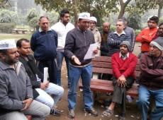 Protesto contra polícia e gabinete na rua: conheça o prefeito indiano que renunciou em menos de 2 meses