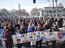 Professores chilenos decidem manter greve que dura um mês e meio
