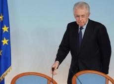 Berlusconi volta a criticar austeridade de governo e Monti alerta contra populismo