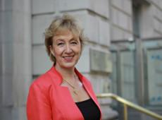 Líder de May no Parlamento britânico renuncia e amplia crise do Brexit