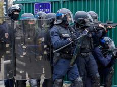 Protesto de 'coletes amarelos' é marcado por distúrbios violentos em Paris