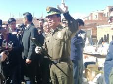 Bolívia: Sob pressão de oficiais amotinados, comandante-geral da policia renuncia ao cargo