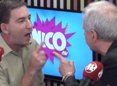 Augusto Nunes agride Glenn Greenwald ao vivo em programa