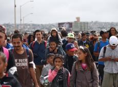 Caravana de migrantes chega à Cidade do México, rumo aos Estados Unidos