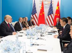 China retalia EUA e impõe novas tarifas; Trump pede que empresas 'voltem para casa'
