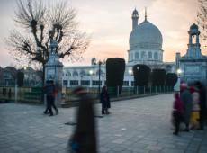 Caxemira: Paquistão expulsa embaixador indiano e suspende comércio bilateral