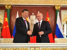 Sem dólar: Rússia e China querem desenvolver comércio entre os dois países usando rublos e yuanes