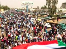 Após queda de Bashir, mobilização popular segue reivindicando governo civil no Sudão