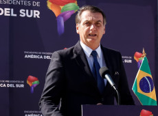 """""""Brasil não vai assinar nenhum acordo climático na próxima COP 25"""", anuncia Bolsonaro no Chile"""