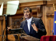 Justiça do Equador determina prisão preventiva de Rafael Correa