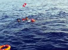 Histórias de Lampedusa: descoberta de bebê ainda conectado à mãe emociona equipe de resgate