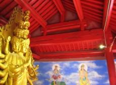 """""""Restauração"""" incomum de templo da China chama atenção do país"""