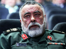 Teerã tem 'armas secretas' com capacidade para afundar navios de guerra dos EUA, diz general iraniano
