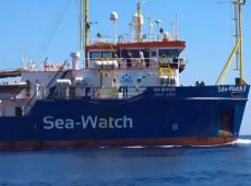 Europeus fazem vaquinha para apoiar comandante de navio  com migrantes bloqueado na Itália