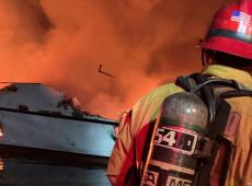 Incêndio em barco na Califórnia deixa ao menos 25 mortos