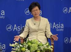 Governo de Hong Kong suspende lei controversa de extradição